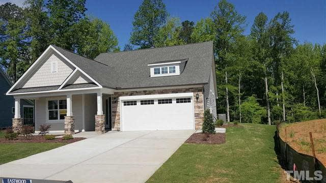 Photo 1 of 29 - 75 Bramblewood Dr #144, Youngsville, NC 27596
