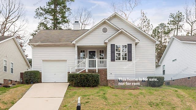 Photo 1 of 17 - 5024 Somerset Mill Ln, Raleigh, NC 27616