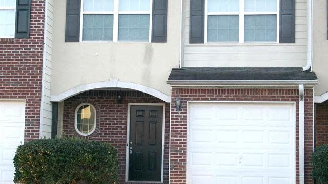 Photo 1 of 20 - 701 Georgetown Ct, Jonesboro, GA 30236