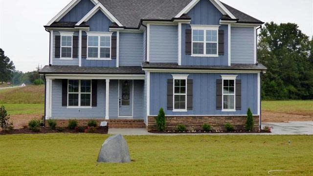 Photo 1 of 30 - 5 Brookshire Dr, Youngsville, NC 27596