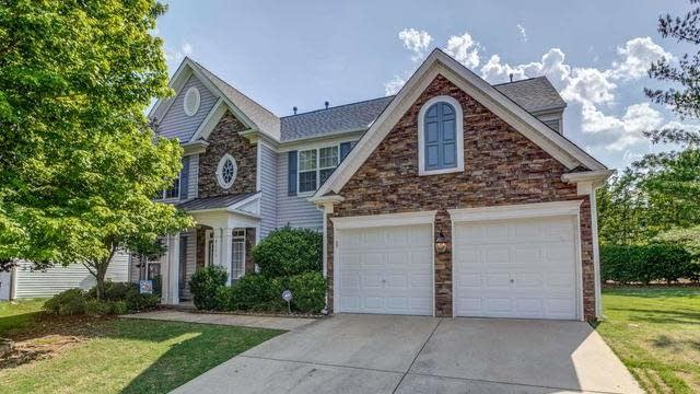 Photo 1 of 30 - 8151 Sommerwell St, Raleigh, NC 27613