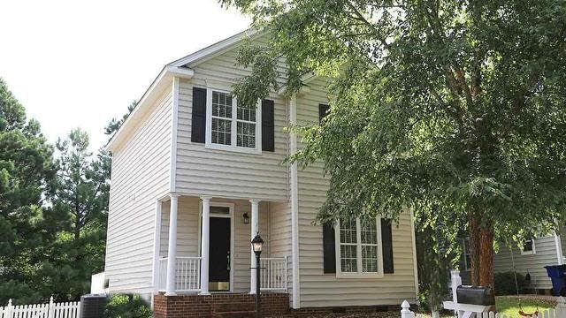 Photo 1 of 20 - 4928 Morning Edge Dr, Raleigh, NC 27613