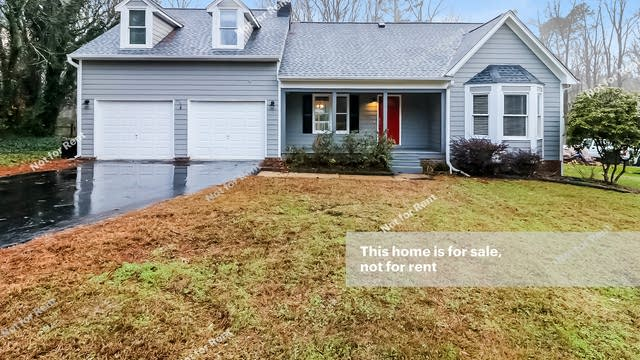 Photo 1 of 27 - 11328 Old Stage Rd, Willow Spring, NC 27592