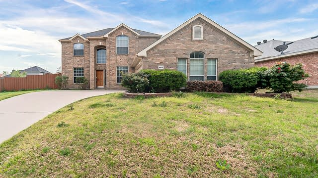 Photo 1 of 28 - 4609 Teal Ct, Sachse, TX 75048