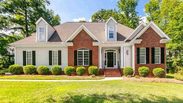 Photo 1 of 15 - 35 Hampstead Dr, Youngsville, NC 27596