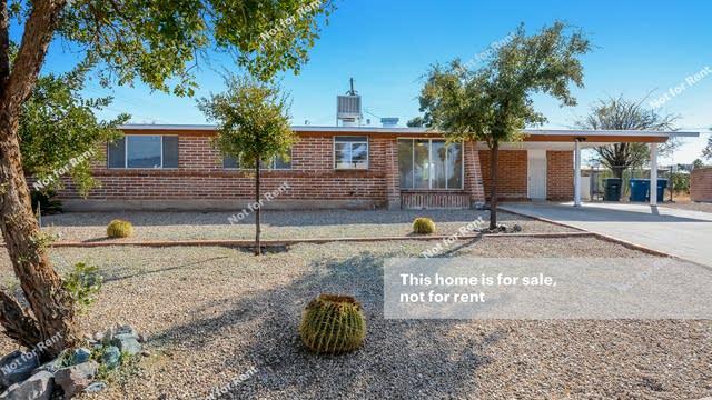 Photo 1 of 27 - 8430 E Desert Steppes Dr, Tucson, AZ 85710