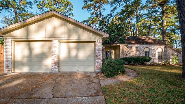 Photo 1 of 31 - 25503 Old Carriage Ln, Spring, TX 77373