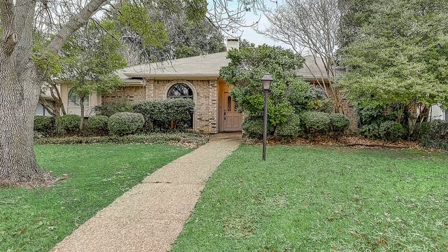 Photo 1 of 39 - 1219 Babbling Brook Dr, Lewisville, TX 75067