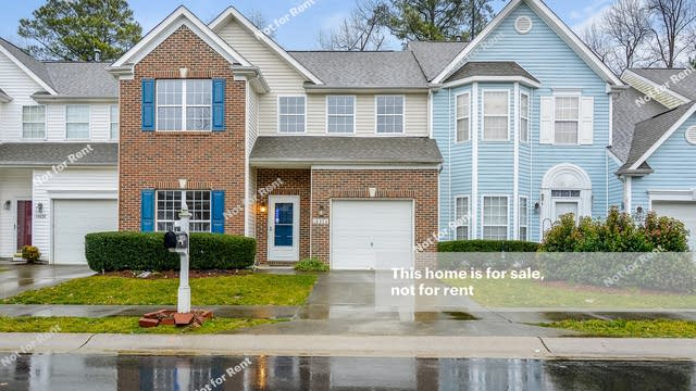 Photo 1 of 25 - 10824 Laurnet Pl, Raleigh, NC 27614