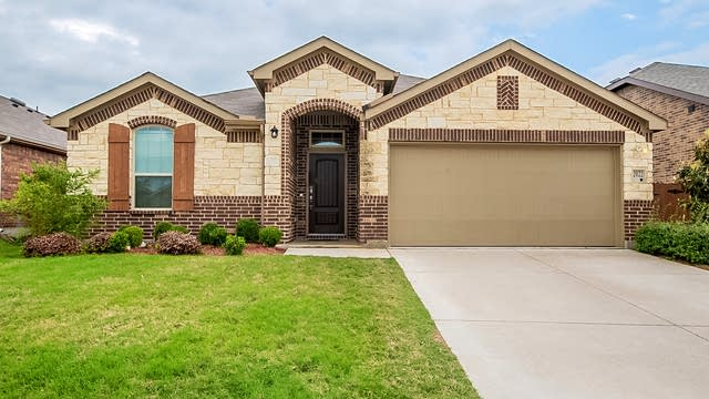 Photo 1 of 24 - 2022 Windsong Dr, Heartland, TX 75126