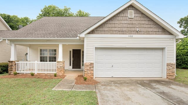 Photo 1 of 22 - 5102 Biederbeck Dr, Charlotte, NC 28212