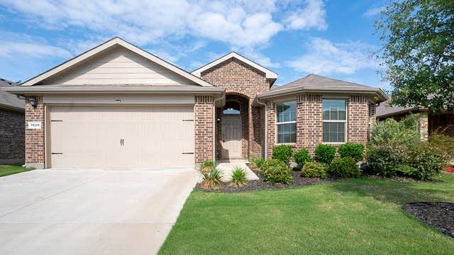 Photo 1 of 20 - 1620 Berckmans Rd, Fort Worth, TX 76120