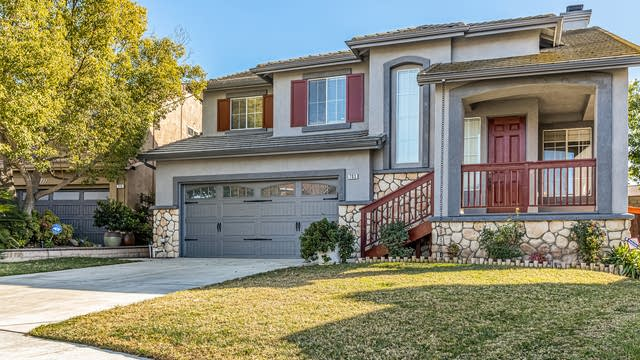 Photo 1 of 27 - 703 Allen Dr, Corona, CA 92879