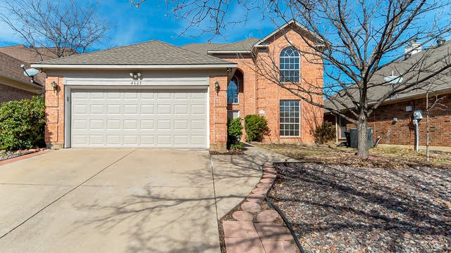 Photo 1 of 22 - 4665 Grant Park Ave, Fort Worth, TX 76137