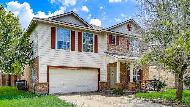 Photo 1 of 37 - 121 Waterlily Way, Hutto, TX 78634