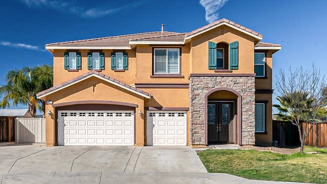 Photo 1 of 32 - 40418 Hannah Way, Murrieta, CA 92563