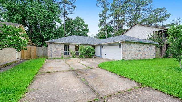 Photo 1 of 16 - 6930 Foxhurst Ln, Humble, TX 77338
