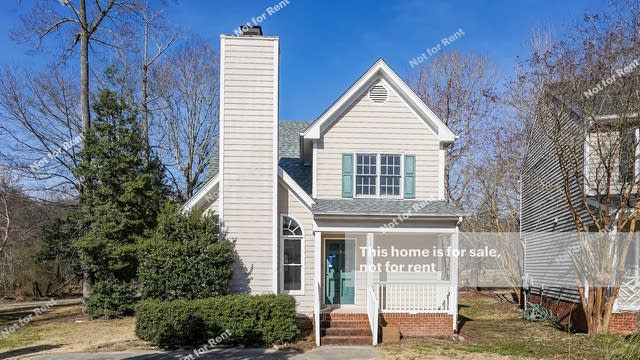 Photo 1 of 25 - 1909 Talamore Ct, Raleigh, NC 27604
