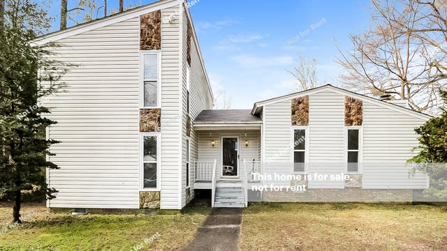 Photo 1 of 27 - 137 Candlewick Dr, Wendell, NC 27591