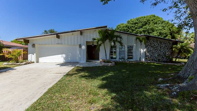 Photo 1 of 23 - 3835 Calliandra Dr, Sarasota, FL 34232