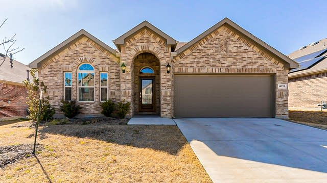 Photo 1 of 23 - 14729 Gilley Ln, Haslet, TX 76052