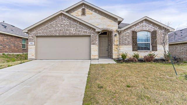 Photo 1 of 26 - 452 Saguaro Dr, Haslet, TX 76052