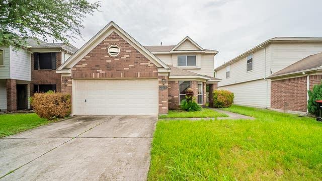 Photo 1 of 36 - 2210 Hadden Hollow Dr, Houston, TX 77067