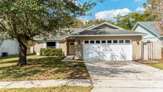 Photo 1 of 18 - 5337 Conway Oaks Ct, Orlando, FL 32812