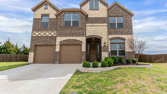 Photo 1 of 36 - 520 Clemson Ln, Forney, TX 75126