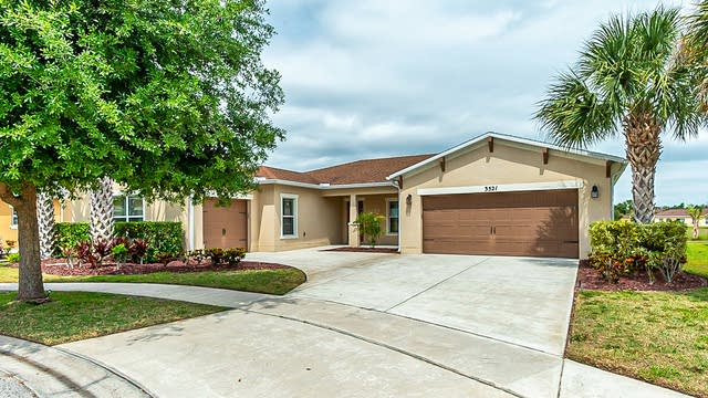 Photo 1 of 23 - 3521 Spinning Reel Ln, Kissimmee, FL 34746