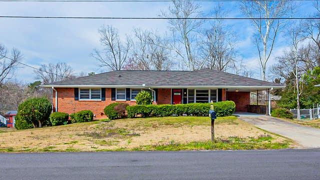 Photo 1 of 24 - 1198 Robin Rd NE, Conyers, GA 30012