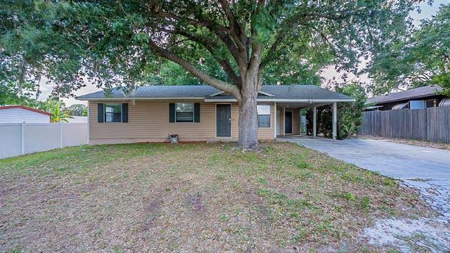 Photo 1 of 27 - 725 Virginia Ave, Tavares, FL 32778