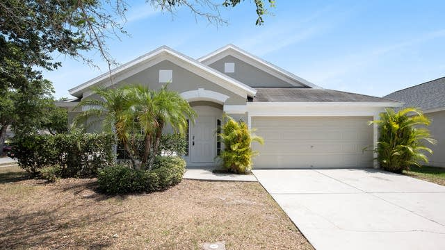 Photo 1 of 18 - 12429 Cedarfield Dr, Riverview, FL 33579