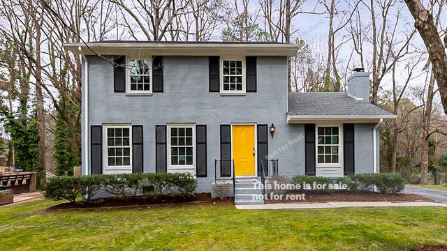 Photo 1 of 19 - 508 Northclift Dr, Raleigh, NC 27609