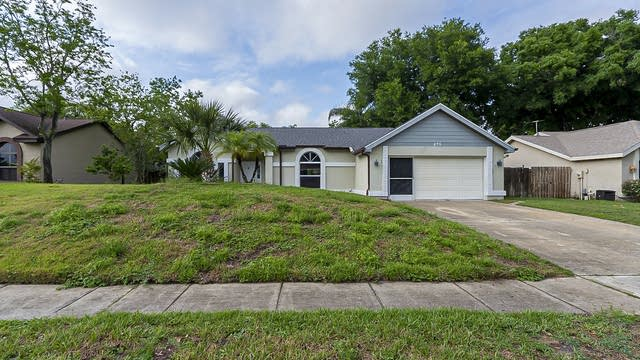 Photo 1 of 27 - 875 Matt Ln, Port Orange, FL 32127