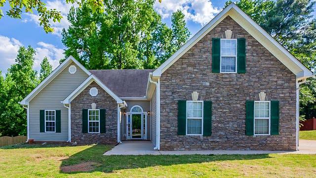 Photo 1 of 23 - 65 Valley View Dr, Covington, GA 30016