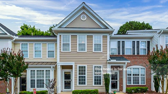 Photo 1 of 14 - 5730 Clearbay Ln, Raleigh, NC 27612
