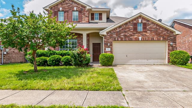 Photo 1 of 31 - 1113 Mount Olive Ln, Forney, TX 75126