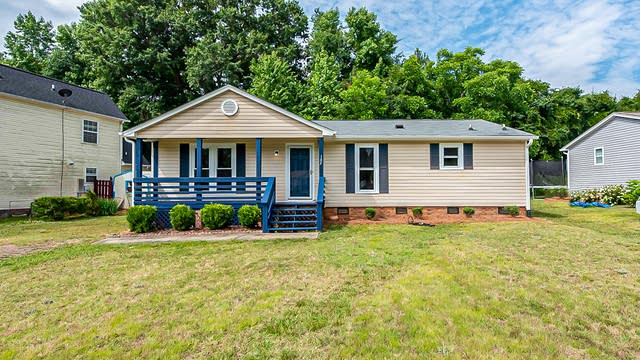 Photo 1 of 18 - 105 Shamrock Ct, Fort Mill, SC 29715