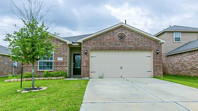 Photo 1 of 20 - 20802 Echo Manor Dr, Hockley, TX 77447