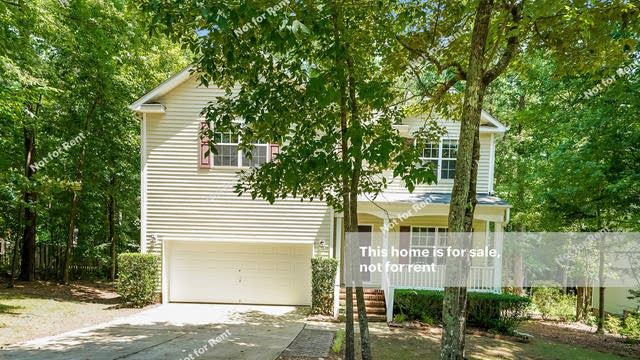 Photo 1 of 27 - 178 River Hills Dr, Clayton, NC 27527