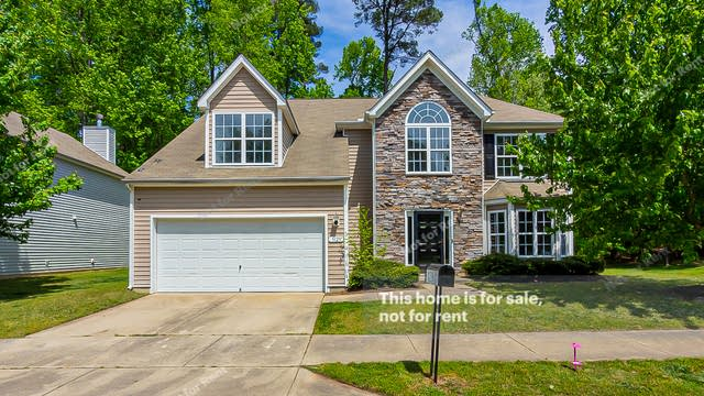 Photo 1 of 29 - 5129 Chasteal Trl, Raleigh, NC 27610