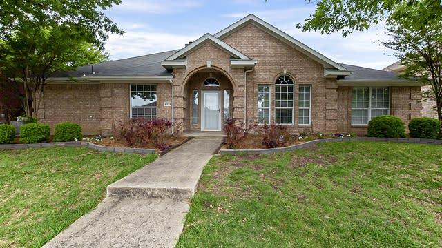 Photo 1 of 35 - 4213 Baystone Ct, Rowlett, TX 75088