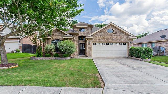 Photo 1 of 20 - 13306 Donnek, Live Oak, TX 78233
