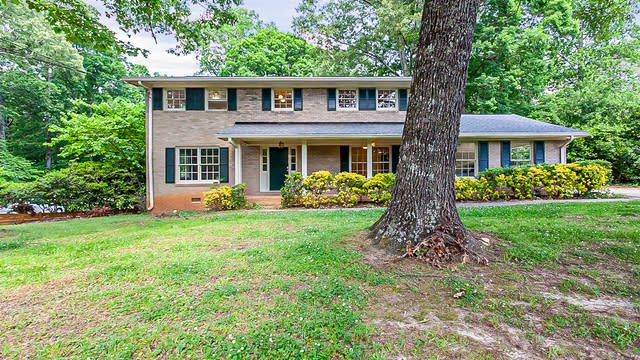 Photo 1 of 31 - 1712 Seayes Rd SW, Mableton, GA 30126