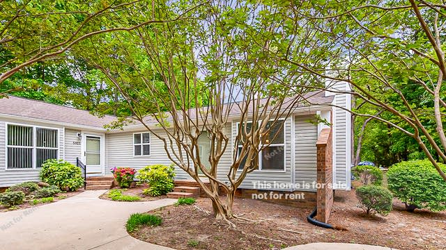 Photo 1 of 19 - 5927 Westcreek Pl, Raleigh, NC 27606