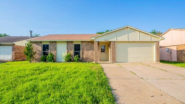 Photo 1 of 24 - 1205 Independence Trl, Grand Prairie, TX 75052