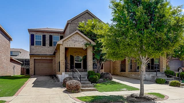 Photo 1 of 35 - 3508 Newcastle Rd, Mesquite, TX 75181