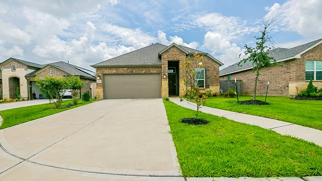 Photo 1 of 23 - 11226 Victoria Hollow Trce, Richmond, TX 77406