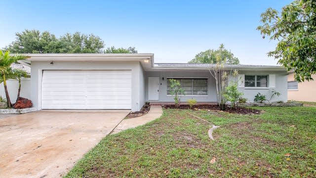 Photo 1 of 19 - 1857 Bellemeade Dr, Clearwater, FL 33755